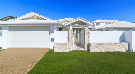 Hr 180801 Lot 123 Seafarear Court, Paradise Waters 10 Front
