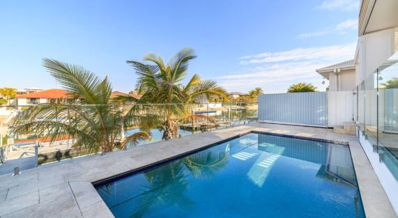 Hr 180801 Lot 123 Seafarear Court, Paradise Waters 5 Pool
