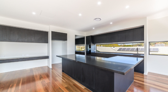 HR_Lot 68, 22 Oatland Crescent, Holland Park West-3